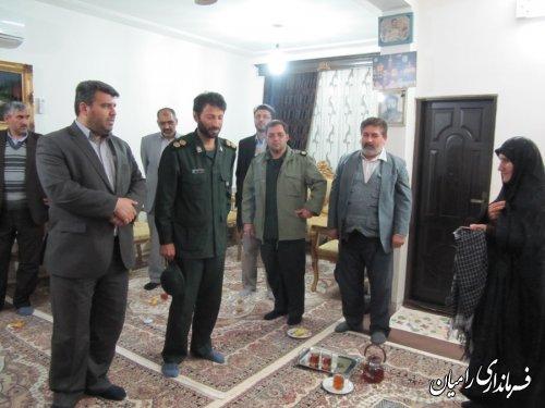 دیدار فرماندار رامیان از خانواده شهداء به مناسبت هفته بسیج