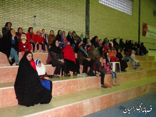 برگزاری جنگ شادی در روستای زینب آباد