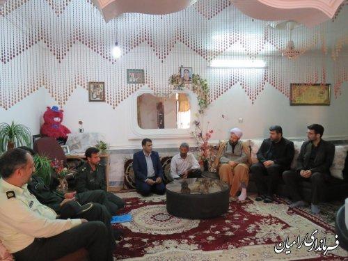 دیدار  فرماندار رامیان با خانواده معظم شهید مبارزه با مواد مخدر
