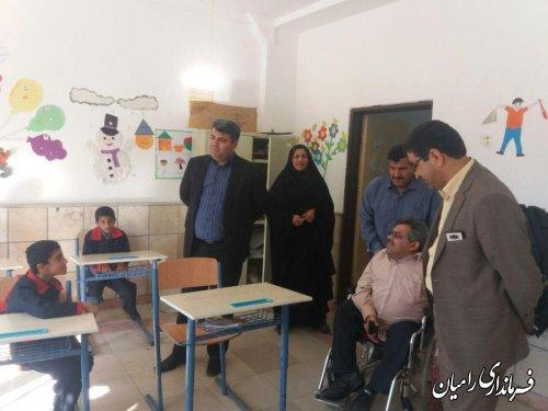 بازدید فرماندار رامیان از مدرسه استثنایی باغچه بان ،انجمن جسمی حرکتی توانا و  اداره بهزیستی