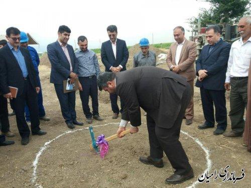 مراسم کلنگ زنی چاه آب شرب روستای حسین آباد دلند