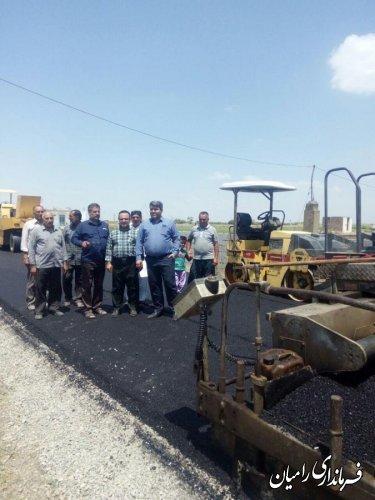 فرماندار رامیان از روند اجرایی ساخت غسالخانه، پارک کودک  و آسفالت جاده ارازگل به محمد چاروا بازدید نمود