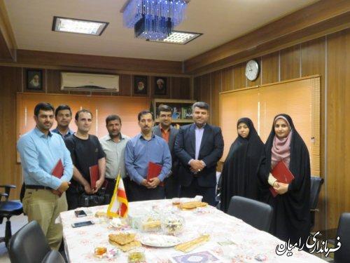 تجلیل از خبرنگاران شهرستان رامیان توسط فرماندار
