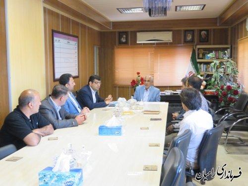 دیدار تیم غواصی نیروی دریای ارتش با فرماندار شهرستان رامیان