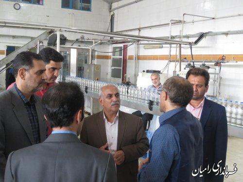 بازدید فرماندار رامیان از خط تولید جدید کارخانه آبمعدنی چشمه رامیان