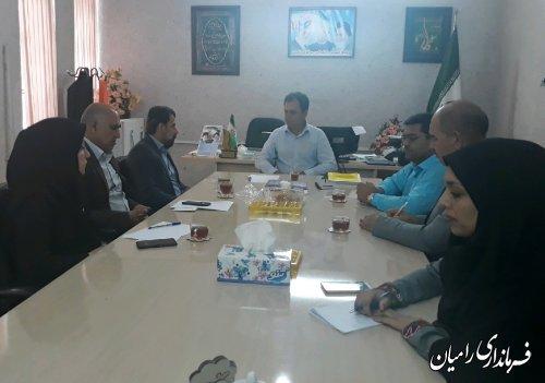 جلسه بررسی و پیگیری مشکلات کتابخانه شهر تاتار علیا توسط بخشدار مرکزی رامیان