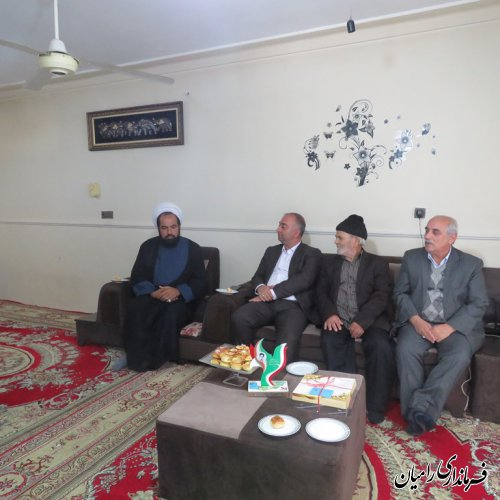 دیدار فرماندار رامیان و نماینده مردم شهرستان در مجلس با خانواده شهید