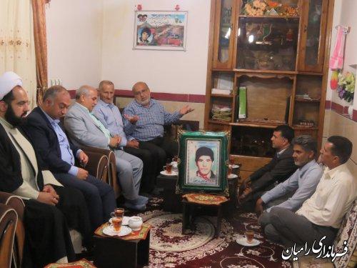 دیدار فرماندار رامیان با خانواده معظم شهیدان والامقام نورالهی ونجفی در روستای مازیاران بخش فندرسک