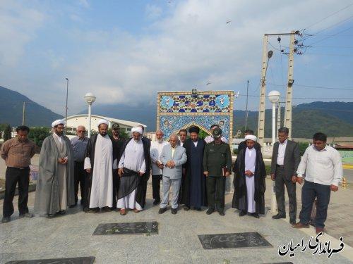 غباروبی گلزار شهداء شهرستان رامیان به مناسبت  گرامیداشت اقامه نخستین نماز جمعه کشور در شهرستان رامیان برگزار گردید