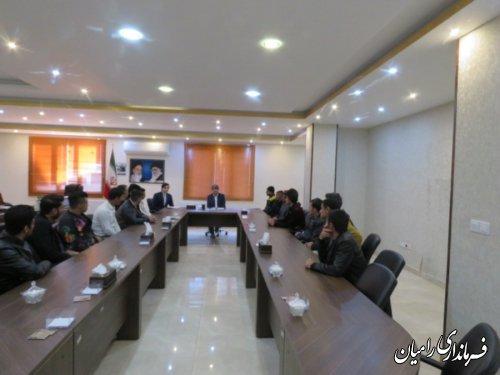 دیدار جمعی از بهبودیافتگان از اعتیاد با فرماندار رامیان