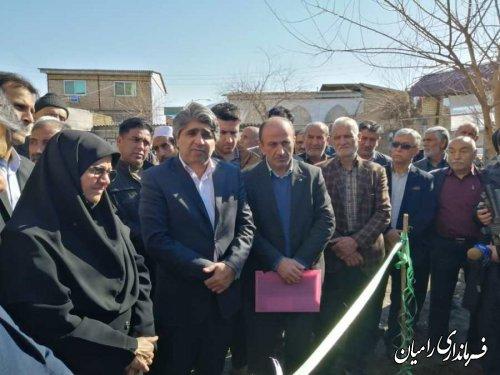 مراسم افتتاح شبکه توزیع و نصب انشعابات روستای سعدآباد فندرسک با حضور مسئولین استانی و شهرستانی