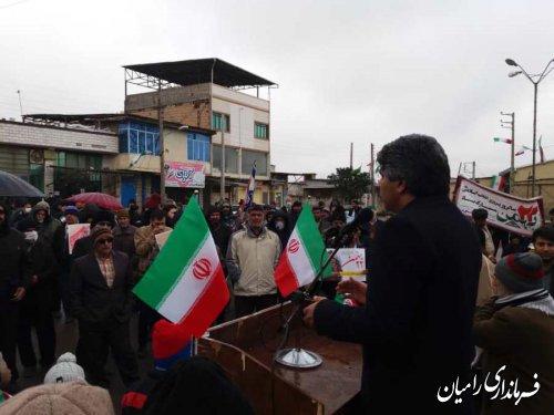 فرماندار رامیان در راهپیمایی شهر دلند؛ ۲۲ بهمن فرصت حق تعیین سرنوشت ملت است.