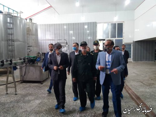 بازدید فرماندار رامیان از کارخانه آبمعدنی چشمه رامیان