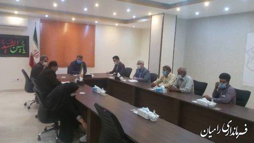جلسه مهندس صادقلو درباره وضعیت زلزله اخیر در روستای ویرو