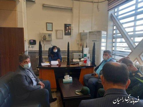 بازدید مشترک فرماندار و اعضاء ستاد مقابله با کرونا شهرستان از ادارات و بانک ها و واحدهای صنفی شهر