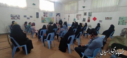 دوره آموزشی-توجیهی صنعت نوغانداری و هنر ابریشم بافی در شهرستان رامیان برگزار شد.
