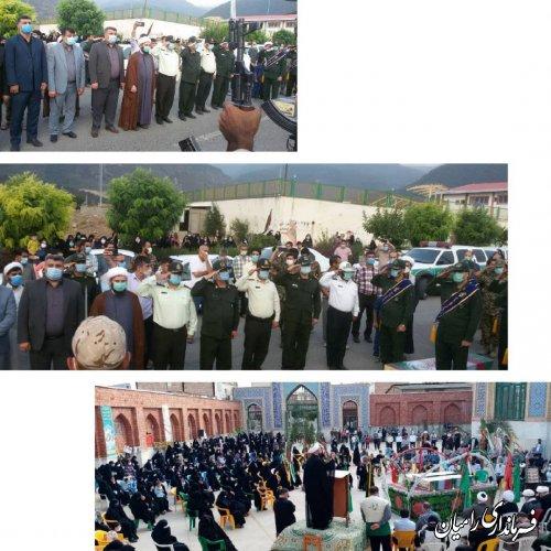 مراسم تشییع و تدفین شهدای گمنام دلند برگزار شد.