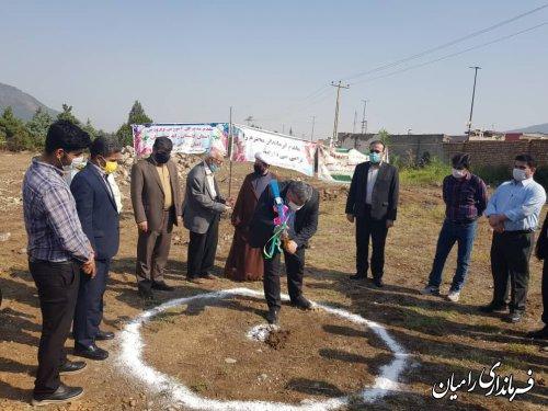 آیین کلنگ زنی مدرسه ۱۰ کلاسه امام رضا ( ع) و افتتاح کلاس درس تربیت بدنی