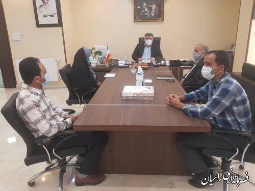 نشست فرماندار با اعضای جدید شوراهای اسلامی بخش مرکزی و فندرسک